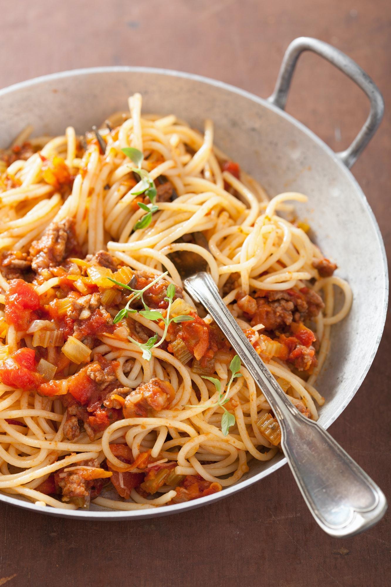 cooking italian pasta spaghetti bolognese